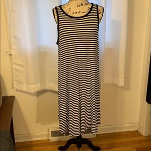 Old navy dress size x-large excellent condition 😘